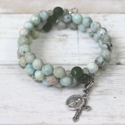 Our Lady of Loreto Rosary Bracelet: Faceted Kiwi Jasper